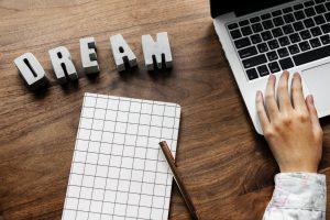 Wat moet je weten om je eigen onderneming te starten?